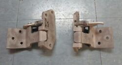 1967 Mustang/shelby Early Original/used Cast Iron Left And Right Lower Door Hinges