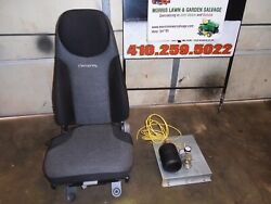 National F650 Air Rider Seat W/mounting Bracket Off A 2017