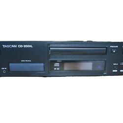 Tascam Cd-200il Professional Cd Player W/lightning And 30-pin Ipod Dock Rack Mtd