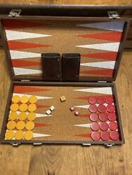 """Bakelite Criswold Backgammon Checker Set 1.25""""butterscotch And Red Swirl 5 Dice"""