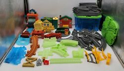 Huge Lot 135 Pcs Thomas And Friends Trackmaster Motorized Engines, Cars And Track