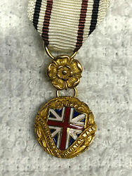 Antique Vintage Daughters Of Colonial Wars Ribbon Badge Medal Insignia
