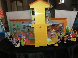 Dora The Explorer Talking House Works With Extras 16 People Furniture Monkeys