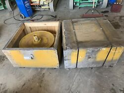 John Deere Idler Wheel With Shaft To Fit 750 Dozer Part Number Id526-30am New