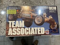 Vintage Associated Rc 10 Gold Pan Cadillac Brand New In Sealed Box 6010