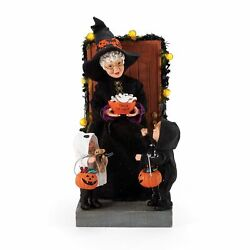 Department 56 Possible Dreams Halloween Mrs. Claus Trick-or-treat Lit Figurine
