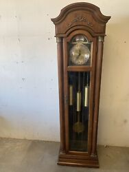 Vintage Ridgeway Tempus Fugit Chain-driven Grandfather Clock 75and039and039 Tall