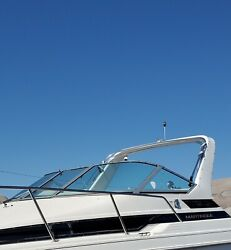 Curved Glass Windshield Complete Only Off A 1995 Wellcraft 2700 Martinique