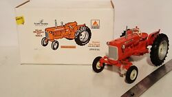 Allis Chalmers D17 Series Ii 1/16 Diecast Farm Tractor Replica By Scale Models