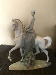 Lladro Woman Riding Horse 4516 Collectible Figurine 18 Tall