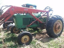 John Deere 3020 Tractor With Dual Loader Gas 1964