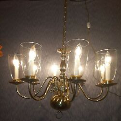 Classic Designed Williamsburg 8 Candle Globes Polished Brass 26 Wide Chandelier
