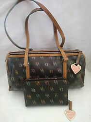 Dooneyamp; Bourke 1975 Made Leather Signature Mini Barrel Purse With New... $38.50
