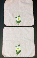 Vintage Set Of 2 Pink Cannon Washcloths Embroidered Daisies Mcm Cotton Blend