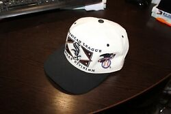Vintage 90's Chicago White Sox Western Devision Hat Snapback By Starter . Aly