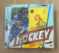 Vintage 1983-1984 Opc O-pee-chee Hockey Cards Wax Box Wrapped Bbce - Non X Out
