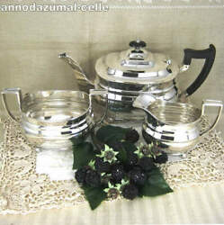 Early Art Deco Tea Set In Silver And Wood