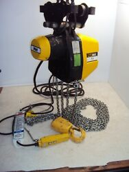 P And H Redi-lift 1 Ton Electric Chain Hoist 460v 3 Phase 20' Drop W/ Trolley