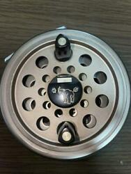 [excellent +++++] Daiwa 734 Old Fly Fishing Reel From Japan 0510