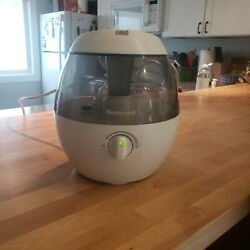 Honeywell Hul520 Cool Mist Humidifier - White