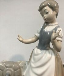 """Lladro Nao Peasant Girl Water Droplets On Dress With Broken Water Jug12"""" Tall"""