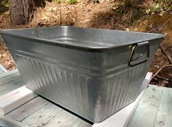Industrial Farm House Galvanized Metal Fluted Sink With Drain