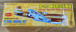 New Guillows Wwii P-40 Warhawk Flying Model Kit Wood Plane Cutiss 501 Airplane