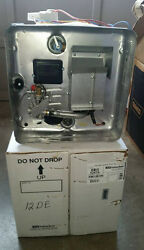 New 5247a / Sw12de 12 Gal Suburban Water Heater Both Lp Gas And 120 Volts Electric