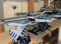 Lego 76042 Marvel Avengers Shield Helicarrier Complete W/minifigures/manual