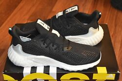 Brand New Adidas Alphaboost Mens Parley Ef1162 Size 11 Running Shoes Black White