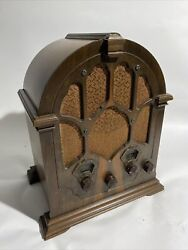 Beautiful Antique Rca Victor Model 120 Cathedral Tube Radio - Powers On