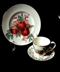 Williamsburg Boxwood And Pine By Lenox China - Accent Plates -discontinued