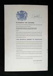 1975 Rare Queen Elizabeth R Ii Signed Royal Document Industry Award Certificate