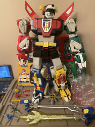 """Mattel Matty Collector Exclusive 24"""" Voltron Figure W/ Accessories And Pilots Mib"""