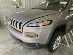 No Shipping Front Clip Halogen Headlamps Fits 14-18 Cherokee 663837