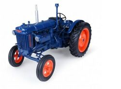 116 1945 Fordson E27n Wide Front Toy Tractor. Universal Hobbies Uh2638