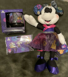 Minnie Mouse The Main Attraction Nighttime Fireworks And Castle Set Mug Doll Pins