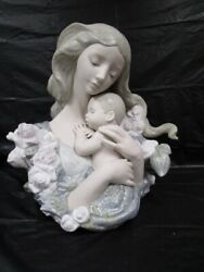 Beautiful Lladro Contentment Large Figurine - Nice Piece- With Box - Rare