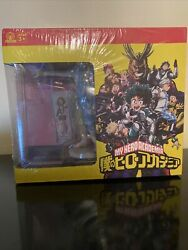 My Hero Academia Collector's Box - Hat, Figure, Glass,pin, Tapestry