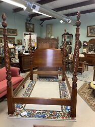 High End Harden Queen 4 Poster Bed- Cherry Color. Pineapple Motif. Excellent