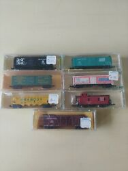Lot Of 7 N Scale Train Freight Box Cars And Caboose - Minitrix