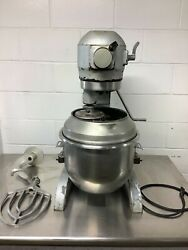 Hobart A-200 Mixer 20qt With Paddle, Hook,whisk,bowl,and Extension 115v 1ph Tested