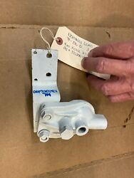 Northern Lights Tf-276d 3 Cyl Marine Generator End Fuel Filter Assembly 13030619