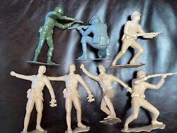 Marx Toys Vintage Wwii Soldiers Plastic 6 Inch Military Figures Rare Toys