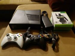 Xbox 360 1439 250gb Console Wireless Controllers And Hdmi And 6 Games Works Great