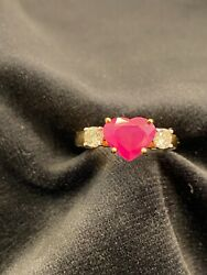 2.90 Cts Round Brilliant Cut Diamonds Heart Ruby Engagement Ring In 750 18k Gold