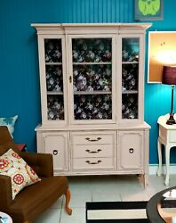 Solid Wood China Cabinet Hutch Glass Doors, Dovetail, Blush Color, Gold Hardware