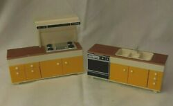 Vintage Tomy Dollhouse Smaller Homes Kitchen Cabinet Sink Stove Barely Used 1970