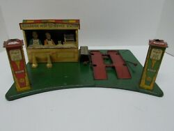 Vtg Marx Pressed-tin Lithograph Roadside Rest Service Gas Station W/ Liftca 30s