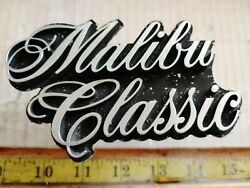 Chevy Malibu Classic 70and039s Grille Emblem 377075 {ce2522}